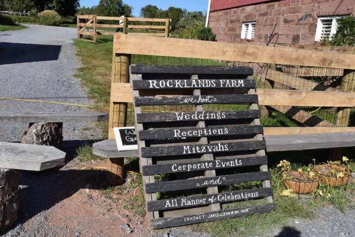 Rocklands Farm Sign